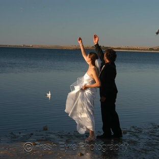 Weddings - Fresh Eyre Photgraphy offers a full wedding photography service across Eyre Peninsula and beyond.