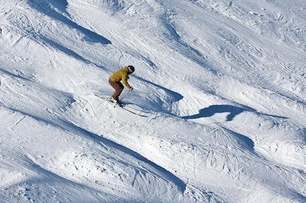 0901_Simon_skiing_029