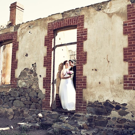105 Wedding photos at the ruins - Wedding photography at an old homestead ruins near the Adelaide Hills.