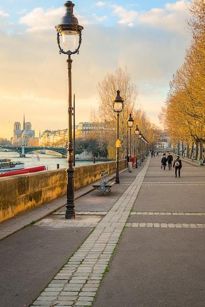 055 - Paris - 4th - 180217-2390-Edit - Quai Henri IV just before sunset