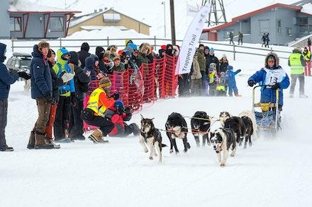 093 Longyearbyen - 250317-2973-Edit
