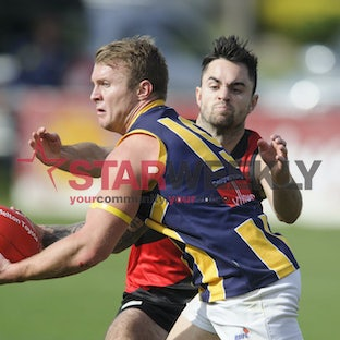 RDFL, Riddell vs Rupertswood - RDFL, round 4, Riddell vs Rupertswood. Pictures Shawn Smits