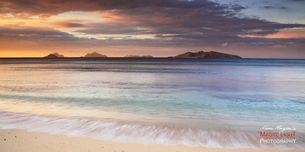 Mana Island Sunset 21 Jan 2013 IMG_8970 1680 panorama