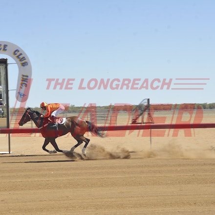 151024_SR23385 - Race one at the Isisford Races, Saturday October 24, 2015.  sr/Photo by Sam Rutherford