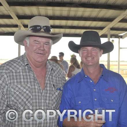 161022_SR20253 - At the 2016 Isisford Races